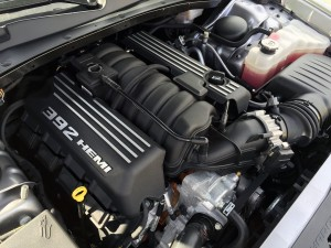 2015_dodge_charger_engine-1200